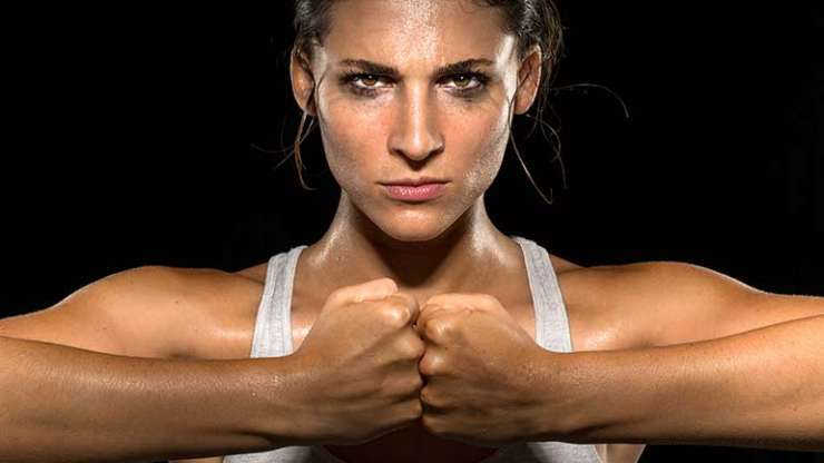 HOW TO KICKBOX YOUR WAY TO YOUR BEST BODY